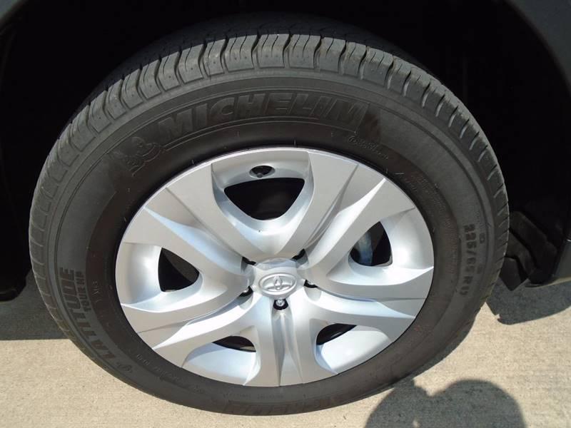 2015 Toyota RAV4 AWD XLE 4dr SUV - Fairfield IA