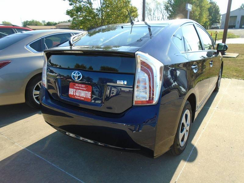 2014 Toyota Prius Two 4dr Hatchback - Fairfield IA