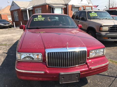 1995 Lincoln Town Car For Sale In Lancaster Pa Carsforsale Com