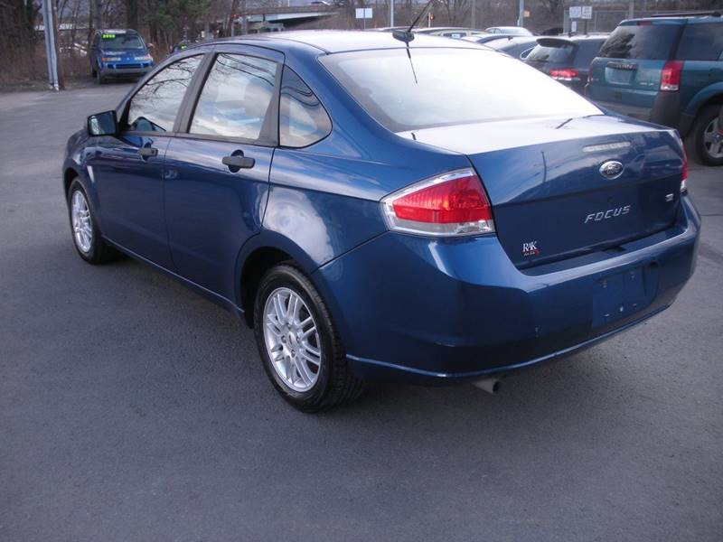 2009 Ford Focus SE 4dr Sedan - Luzerne PA