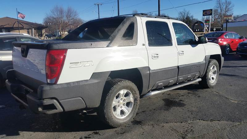 2005 Chevrolet Avalanche 4dr 1500 Z71 4WD Crew Cab SB - Clay Center KS