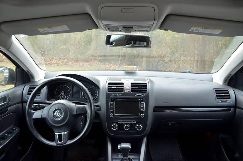 2010 volkswagen jetta wolfsburg edition 4dr sedan 6a in virginia