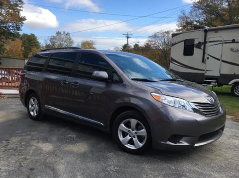 2017 Toyota Sienna for sale in Charlton, MA