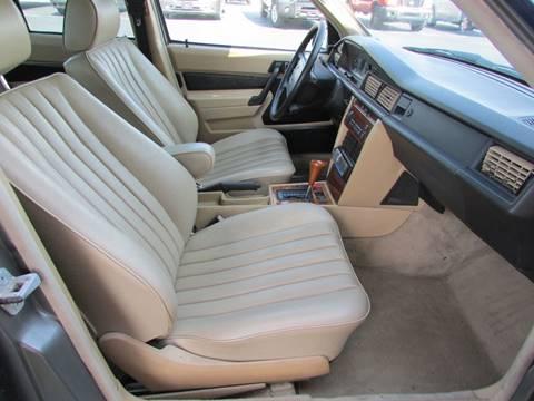1990 Mercedes-Benz 190-Class