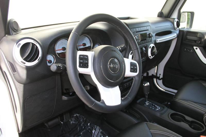 2014 Jeep Wrangler Unlimited 4x4 Polar Edition 2dr SUV - Grand Rapids MI