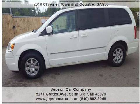 2010 Chrysler Town and Country for sale in Saint Clair, MI