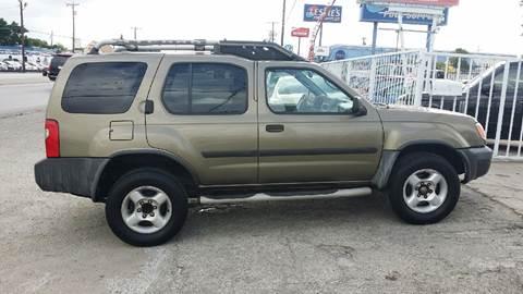 2001 Nissan Xterra for sale at Dubik Motor Company in San Antonio TX