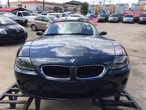 2005 BMW Z4 for sale at Dubik Motor Company in San Antonio TX