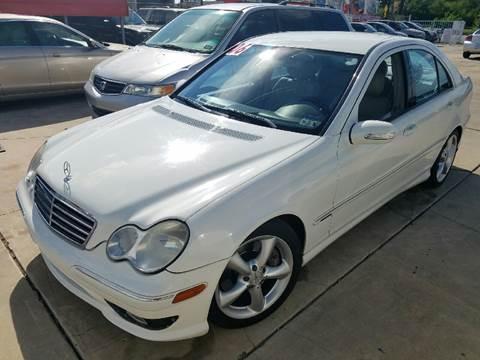 2006 Mercedes-Benz C-Class for sale at Dubik Motor Company in San Antonio TX