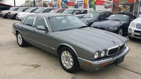 2003 Jaguar XJ-Series for sale at Dubik Motor Company in San Antonio TX