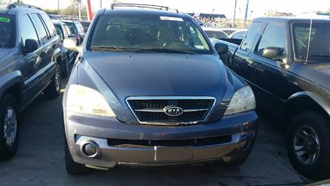 2006 Kia Sorento for sale at Dubik Motor Company in San Antonio TX