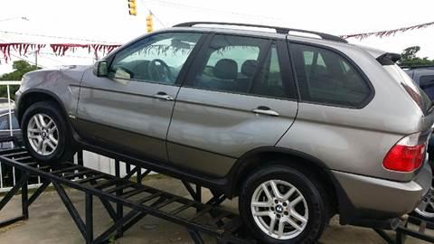 2005 BMW X5 for sale at Dubik Motor Company in San Antonio TX