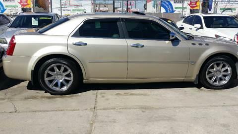 2006 Chrysler 300 for sale at Dubik Motor Company in San Antonio TX