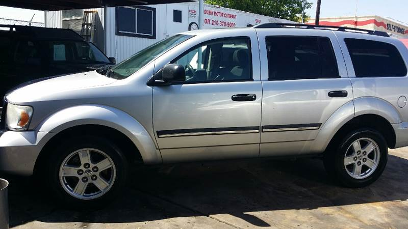 2007 Dodge Durango for sale at Dubik Motor Company in San Antonio TX