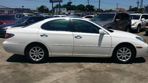 2002 Lexus ES 300 for sale at Dubik Motor Company in San Antonio TX
