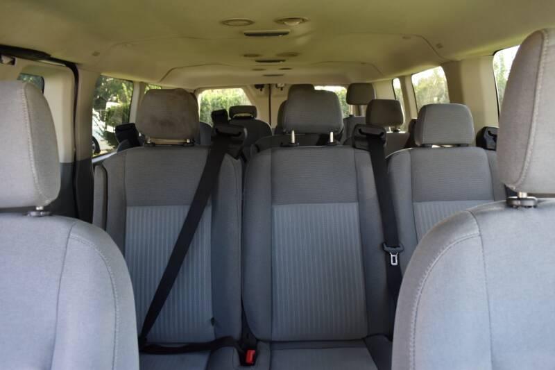 2015 Ford Transit Passenger 350 XLT 3dr LWB Low Roof Passenger Van w/60/40 Passenger Side Doors - Raleigh NC
