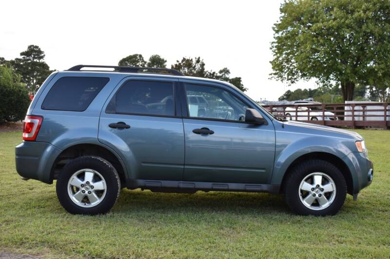 2011 Ford Escape XLT 4dr SUV - Raleigh NC