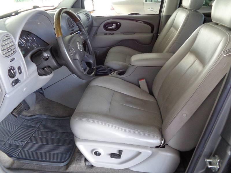 2005 Buick Rainier for sale at Mark McCall Auto Sales LLC in Scottsbluff NE
