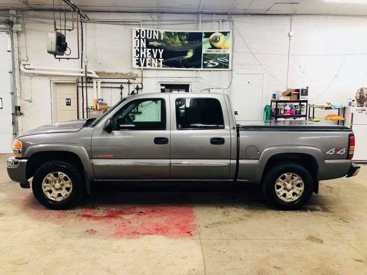 2006 GMC Sierra 1500 for sale at Car Corral in Tyler MN