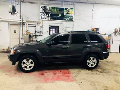 2006 Jeep Grand Cherokee for sale at Car Corral in Tyler MN