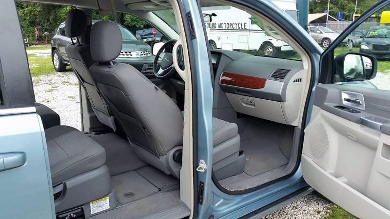 2008 Chrysler Town and Country Touring 4dr Mini-Van - Orlando FL