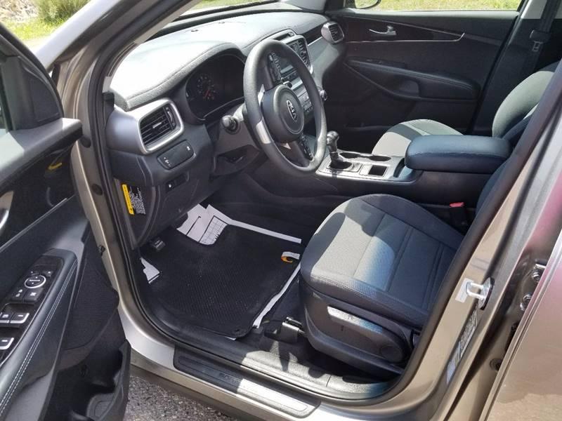 2017 Kia Sorento AWD LX V6 4dr SUV - Fort Collins CO
