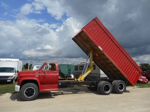 1977 Chevrolet C65 20' T/A Grain Truck for sale in Eyota, MN