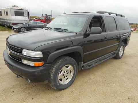 2003 Chevrolet Suburban 1500 LT for sale at DAHL TRUCKS in Eyota MN