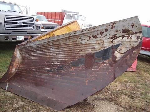1980 Universal V-Plow for sale in Eyota, MN