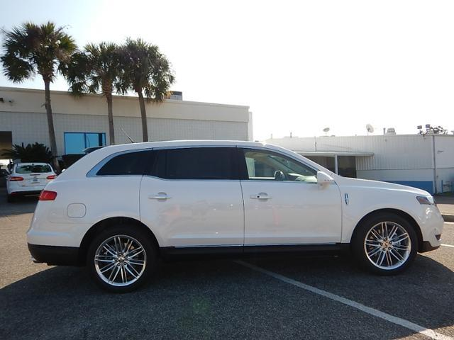2017 Lincoln MKT for sale at Derek Montalvo at Mullinax Ford in Mobile AL