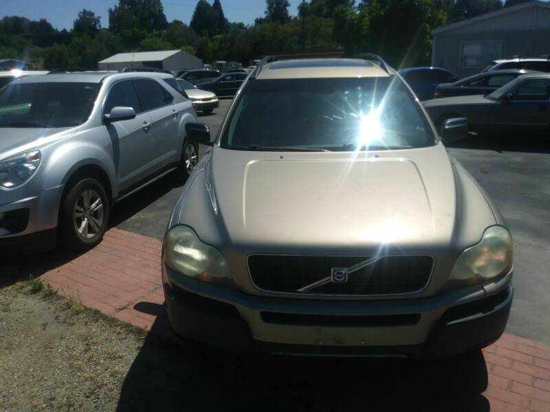 2004 Volvo XC90 for sale at Marvelous Motors in Garden City ID