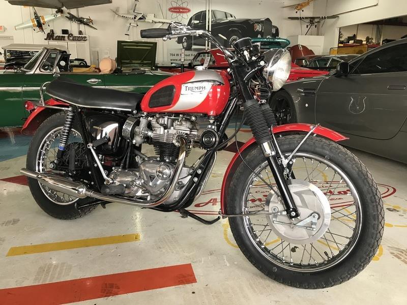 1970 Triumph T120R BONNEVILLE 1