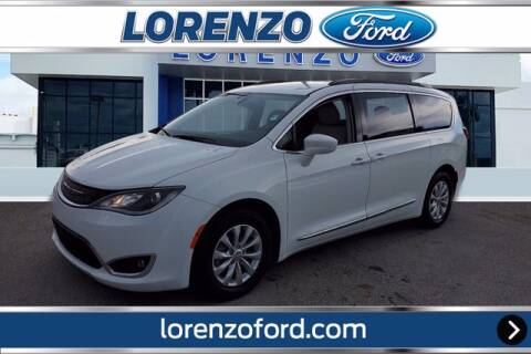 2017 Chrysler Pacifica for sale at Lorenzo Ford in Homestead FL