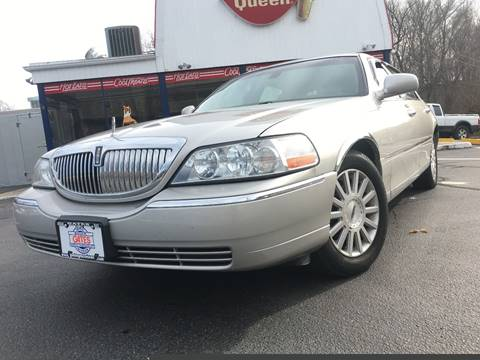 2003 Lincoln Town Car for sale in Taftville, CT