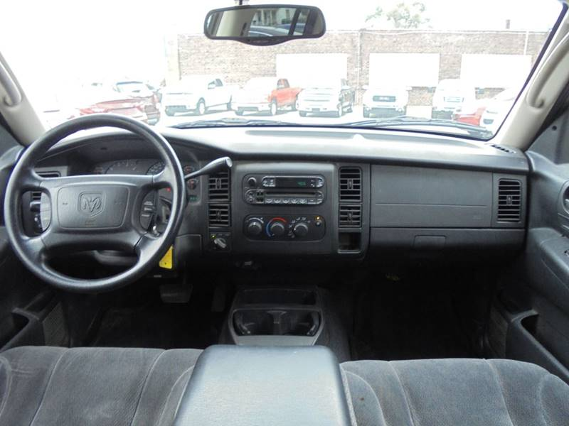 2002 Dodge Dakota 4dr Quad Cab SLT 4WD SB - Rushville IL