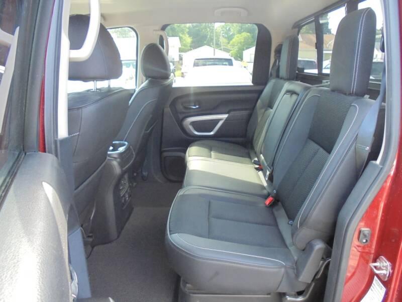 2019 Nissan Titan 4x4 PRO-4X 4dr Crew Cab - Rushville IL