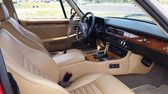 1989 Jaguar XJ-Series XJS 2dr Coupe - Hiawatha IA
