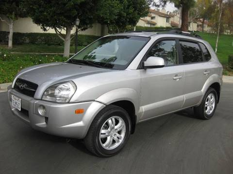 2006 Hyundai Tucson for sale at E MOTORCARS in Fullerton CA