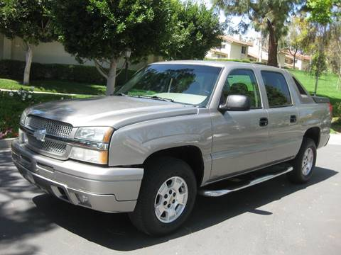 2003 Chevrolet Avalanche for sale at E MOTORCARS in Fullerton CA