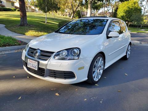 2008 Volkswagen R32 for sale at E MOTORCARS in Fullerton CA