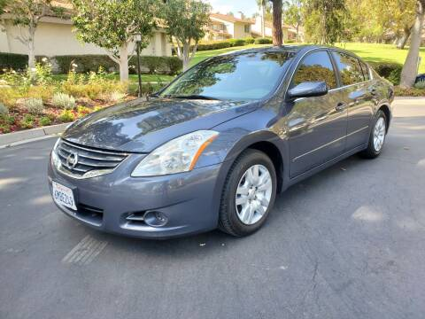2010 Nissan Altima for sale at E MOTORCARS in Fullerton CA