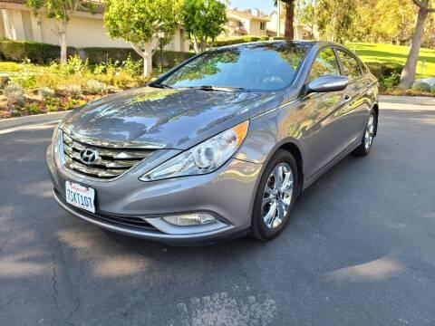2013 Hyundai Sonata for sale at E MOTORCARS in Fullerton CA