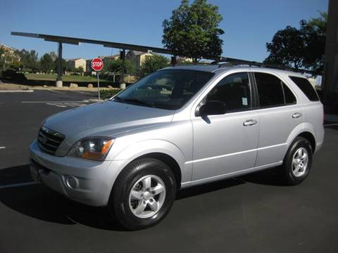 2007 Kia Sorento for sale at E MOTORCARS in Fullerton CA