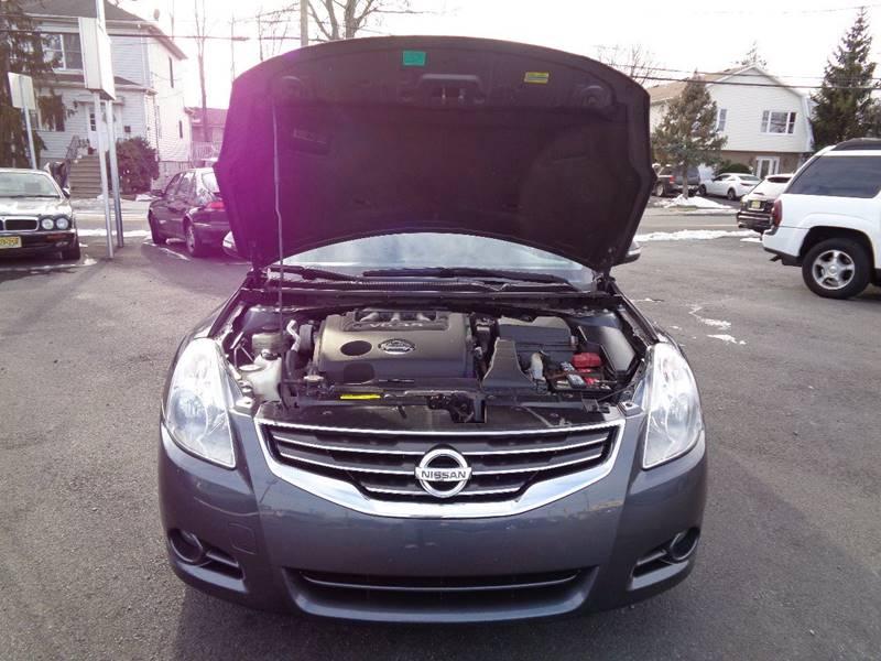 2010 Nissan Altima 3.5 SR 4dr Sedan - South Hackensack NJ