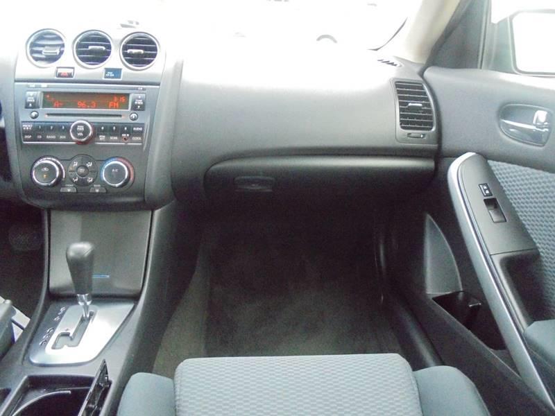2009 Nissan Altima 2.5 S 2dr Coupe CVT - South Hackensack NJ