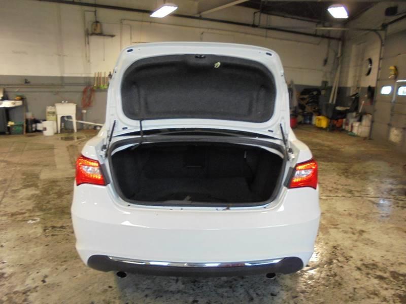2012 Chrysler 200 LX 4dr Sedan - South Hackensack NJ