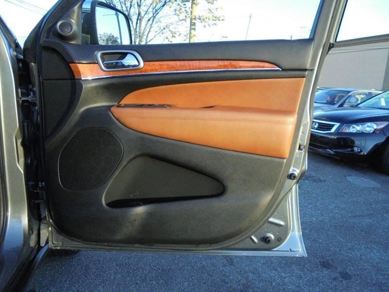 2012 Jeep Grand Cherokee 4x4 Overland 4dr SUV - South Hackensack NJ