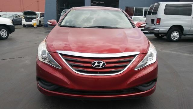 2014 HYUNDAI SONATA GLS 4DR SEDAN other amfmcd playeraccruisepower lockspower windowstilt