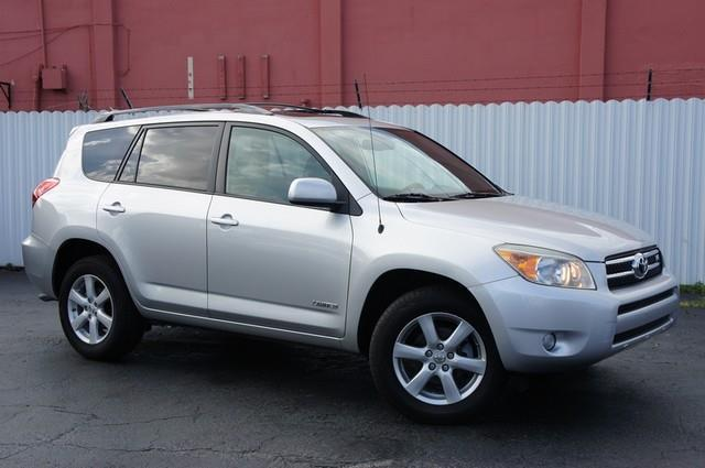 2007 TOYOTA RAV4 LIMITED 4DR SUV 4WD V6 silver this vehicle is priced 1999 below the market ave