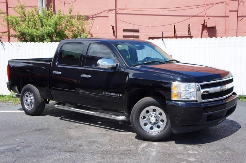 2007 CHEVROLET SILVERADO 1500 LS 4DR CREW CAB 58 FT SB black pickup bed light pickup bed type